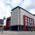 Exterior of Holiday Inn Express & Suites Oshawa Downtown Toronto Area