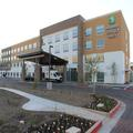 Image of Holiday Inn Express & Suites Phoenix Airport North