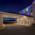 Exterior of Holiday Inn Express & Suites Pigeon Forge Sevierville