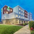 Exterior of Holiday Inn Express & Suites Salem North Keizer