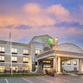 Image of Holiday Inn Express & Suites Seymour