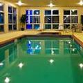 Exterior of Holiday Inn Express & Suites Shamrock North