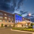 Exterior of Holiday Inn Express & Suites Tampa North Wesley Chapel