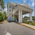 Image of Holiday Inn Express Tampa Usf Busch Gardens