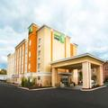 Exterior of Holiday Inn Express Toledo North