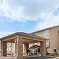 Exterior of Holiday Inn Express Tuscola