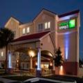 Exterior of Holiday Inn Express Venice I 75