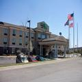 Image of Holiday Inn Express Youngstown / Niles I80