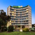 Exterior of Holiday Inn Melbourne Airport