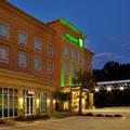 Exterior of Holiday Inn Northshore