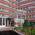 Exterior of Holiday Inn & Suites Chicago O'hare / Rosemont