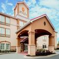 Photo of La Quinta Inn & Suites