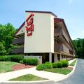 Exterior of Red Roof Inn Baton Rouge