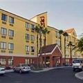 Exterior of Red Roof Inn Gainesville
