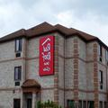 Image of Red Roof Inn & Suites Detroit Melvindale