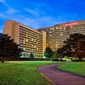 Exterior of Sheraton Memphis Downtown Htl