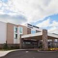 Exterior of Springhill Suites Somerset Franklin Township