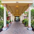 Exterior of Staybridge Suites Naples