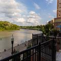 Exterior of Staybridge Suites Rochester University