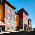 Exterior of Towneplace Suites Bakersfield West by Marriott