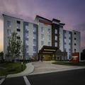 Exterior of Towneplace Suites Pittsburgh Harmarville