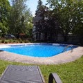 Photo of Au Manoir De La Rue Merry Pool