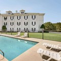 Photo of Baymont Inn & Suites Henderson Oxford Pool