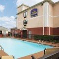 Swimming pool at Best Western Augusta West