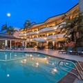 Swimming pool at Best Western Encinitas Inn & Suites at Moonlight Beach