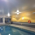 Swimming pool at Best Western Milton