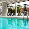 Swimming pool at Best Western Parkway Hotel