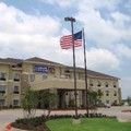 Swimming pool at Best Western Plus Texarkana Inn & Suites