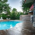 Pool image of Best Western Plus Yosemite Way Station Motel