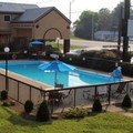 Pool image of Bluegrass Inn