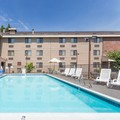 Photo of Clarion Inn & Suites Clackamas Pool
