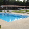 Pool image of Colonial Inn Franklin