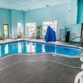 Swimming pool at Comfort Inn Meadowlands