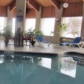 Swimming pool at Comfort Inn Painesville