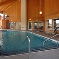 Swimming pool at Comfort Inn & Suites of Lansing