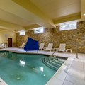 Swimming pool at Comfort Suites Gettysburg