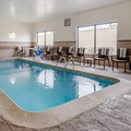 Swimming pool at Comfort Suites Legends / Kansas Speedway