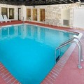 Swimming pool at Comfort Suites Seaworld / Lackland