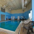 Swimming pool at Comfort Suites Southpark