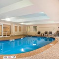Swimming pool at Comfort Suites West Warwick