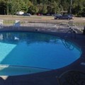 Swimming pool at Conner Hill Motor Lodge