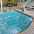 Swimming pool at Courtyard Memphis / Southaven