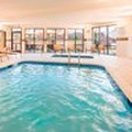 Swimming pool at Courtyard by Marriott