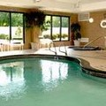 Swimming pool at Courtyard by Marriott Buffalo / Amherst