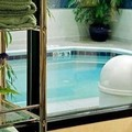 Swimming pool at Courtyard by Marriott Cleveland Beachwood