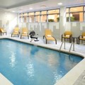 Swimming pool at Courtyard by Marriott Cleveland University Circle